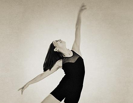 Dansinspirerad porträttfotografering i studio